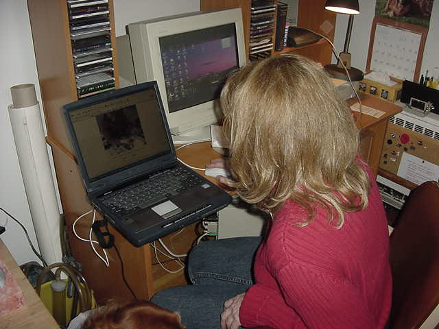 Glenda let me update my reports as I was stuck without internet for a long train ride, but she was always very anxious to the read the report that I had just published. I think she is addicted to this website :-)