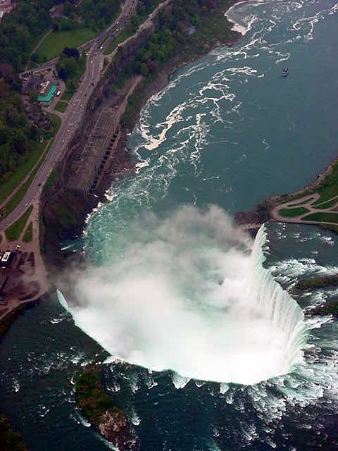 One more close-up of the Canadian side of the falls. Those little dots you see at the left are people.
