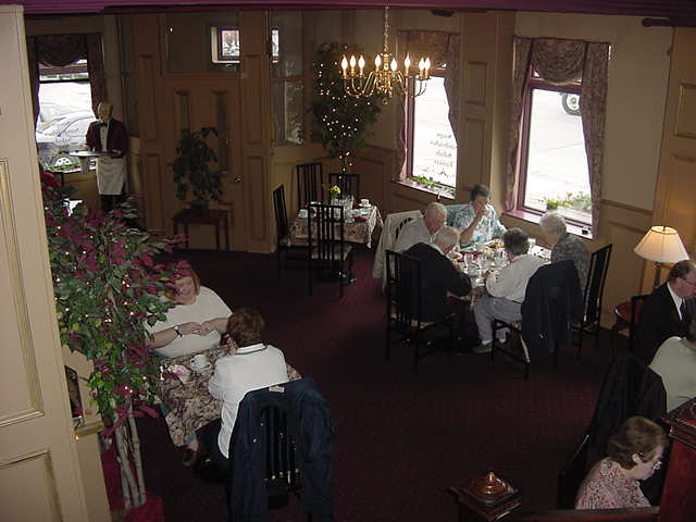 The lunch room of the Inn.