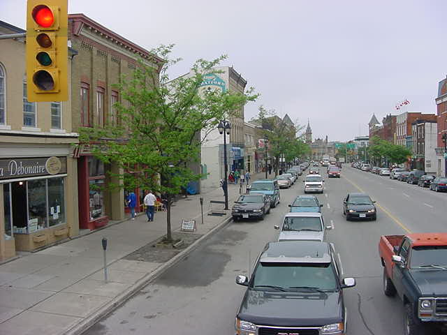 A look on Ontario Street as seen from the bus.