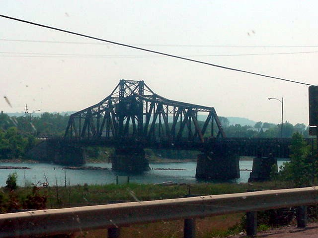 The bridge to Manitoulin Island. Now what is so special about this island? Not much, however it is the worlds biggest island in fresh water!