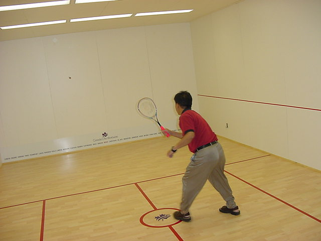 In the basement of his office, Andy has a real Richochet court! Time to play a game then!