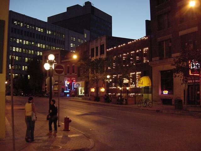 The Exchange is the nightlife area of Winnipeg. There are pubs at almost every corner. Other corners have sky scrapers or abandoned warehouses. The perfect setting for nightlife, thus!