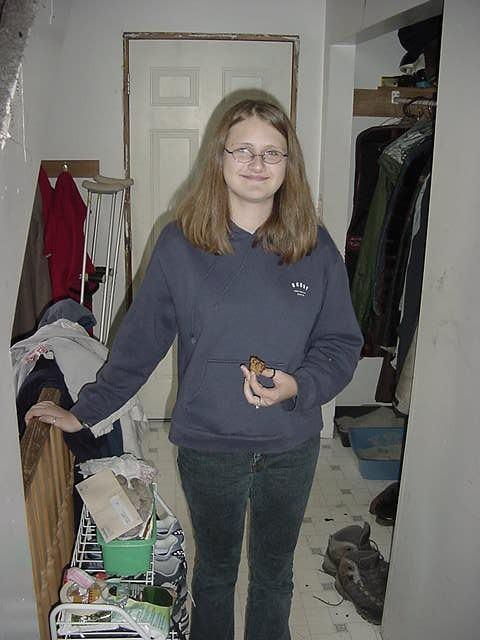 Katyas 14-year-old sister Annie.