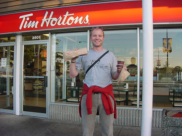 But how can a last day in Canada be without a last visit to my anyway beloved Tim Hortons? How much more Canadian is this?