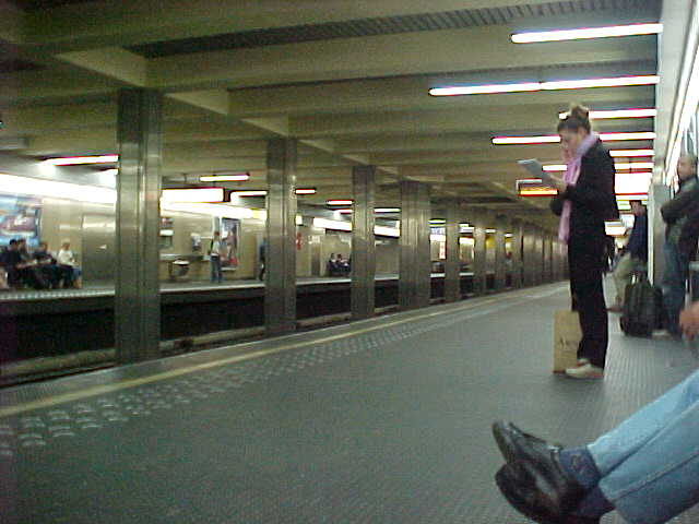 I knew you always wanted to see how a Belgian subway station looks like!