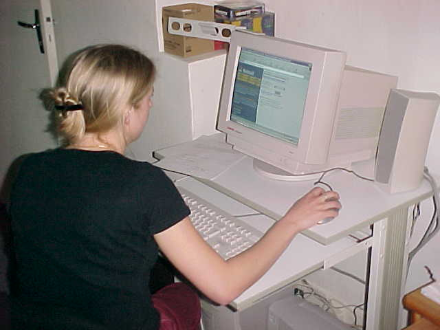 Its remarkable that almost everybody is using Hotmail.com, even Jeanne behind her computer...