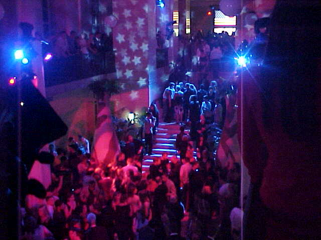 The hall just beyond the main entrance, photo taken from above. Drinks all free!