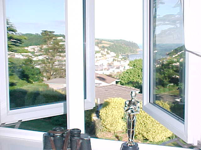 I am still carrying my friend Oscar (a gift from my friends at home) with me. Here he is enjoying the panoramic view...