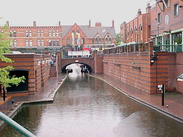 The stunning canals of Birmingham are supposed to be longer than all the canals in Venice...