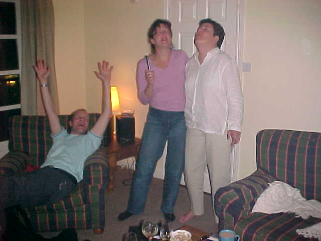 End especially for me (of for the God of the Alcohol) Deidre and Fiona sing Crowded House...