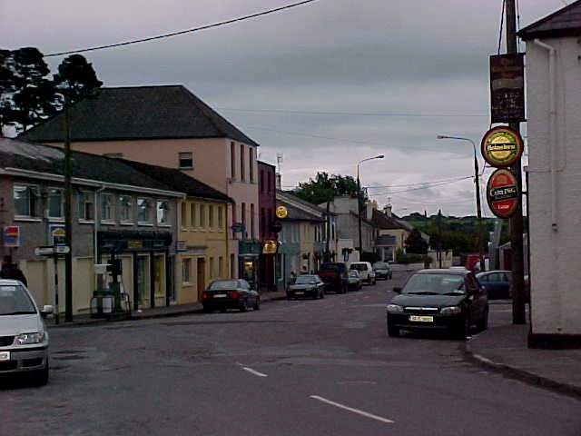 Well, that is it, this is Coachford city (and centre and Main Street in one) in the evenin, with a lot of sounds coming from the pubs.