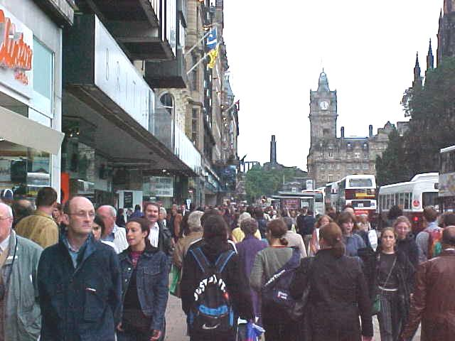 Walking through the main shopping street, towards the trainstation, where Mark payed my ticket to North Berwick!.