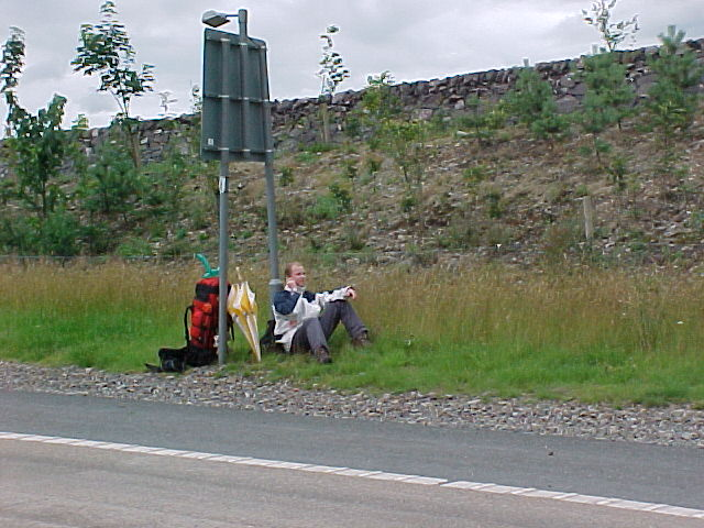 And by a miracle from above I got a lift all the way from Fort Williams to the junction near Elvanfoot. The driver spent the weekend in Scotland and was driving all the way back home in Wales. Here I am waiting as todays' host would pick me up on this spot...
