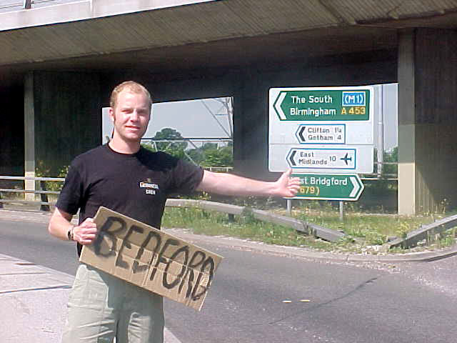 Thomas dropped me of at the junction towards the big M1 motorway towards Bedford.