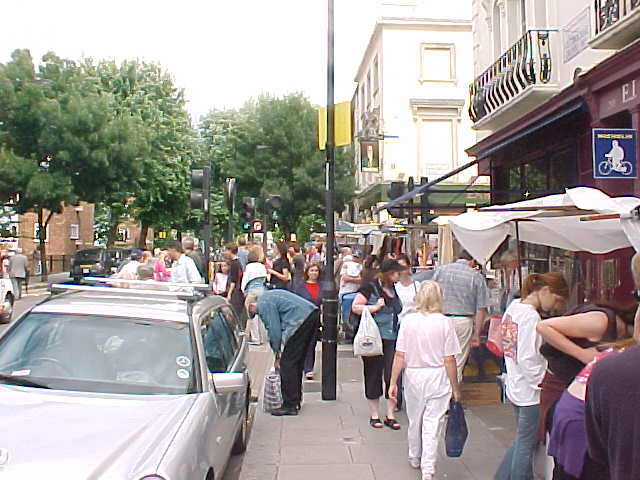 We walked on the Notting Hill saturday market...