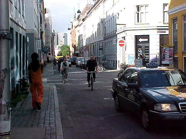 I can not believe how lively these streets of Copenhagen are.