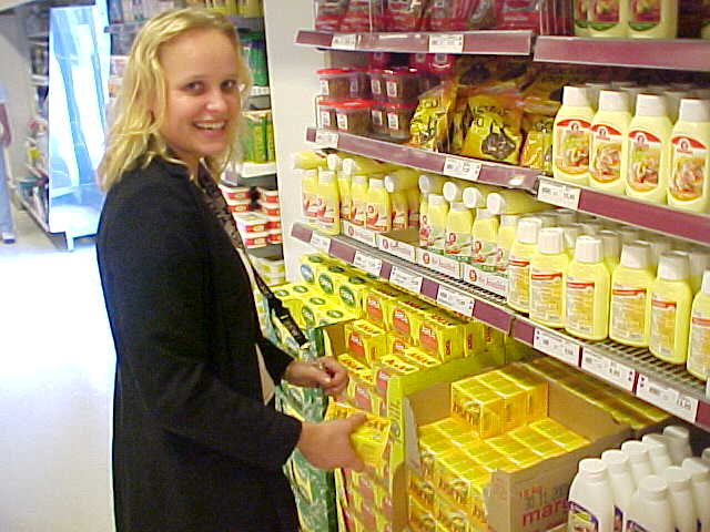 Lisbet in the supermarket...