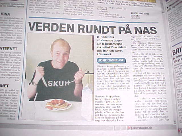 The article in Ekstra Bladet today. Mmm. Nice picture... ;-)