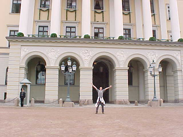 Me from a distance at the Royal Castle. Wish I could stay here for a day.... ;-)