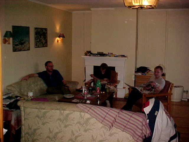 This is the livingroom where most of the night was spent...