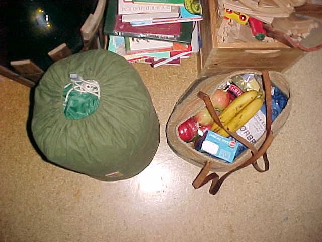 Am I ready? Bag, food and drinks. Set, go!