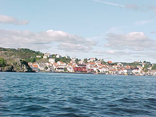Approaching Risør town...