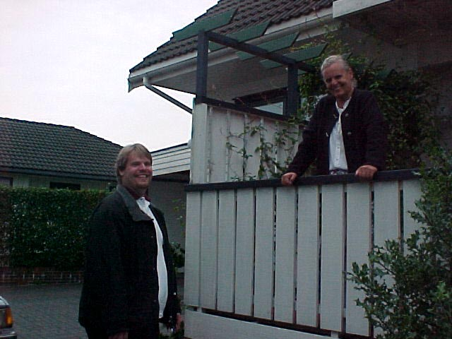 And I met Geert Jans very Dutch mother, living in the house next to him.