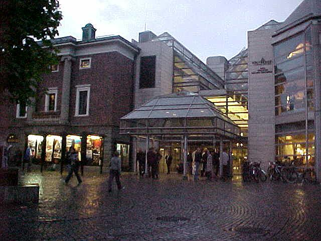 The cinema in town was more a cultural centre too, quite big...